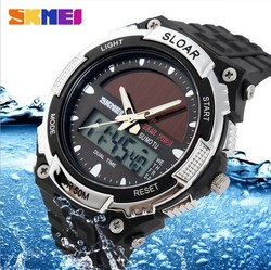 Men's outdoor sports shock watches, the sun can multi-function digital watches, waterproof watch diving climbing