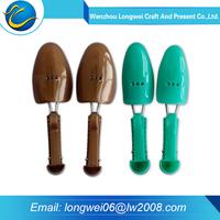 2015 Custom cheap men practica adjustable PU plastic shoe tree