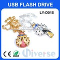 Estilo de dibujos animados material de diamante dispositivo de memoria USB