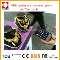 Long range RFID barcode handheld reader for jewelry check in system