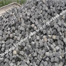 large quantity cheap Cobbles & Pebbles Cheap Granite Split Grey Paving Stone