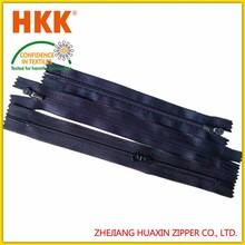 High quality garment accessories long chain 5# nylon zipper for roll