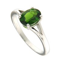 Natural Chrome Diopside 6*8 Oval Ring in Silver