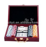 Poker Chips Set with Luxury Wooden Case - 200pcs Chips Set