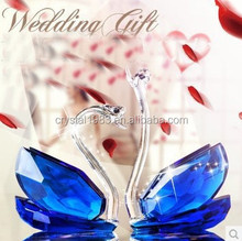 2015 Buy New Crystal Swan For Wedding Gift Wholesale Craft