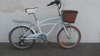 Girl's Beach Cruiser Bicycle Leisure Bike For Sale 6 SpeedSL20601