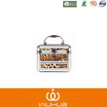 2015 small leopard print series wholesale aluminum cosmetic case in stock