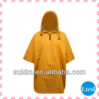 Available Yellow Mens Rain Coat For Disposable Usage