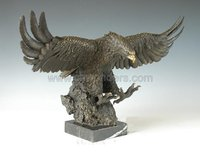 flying eagle bronze sculpture