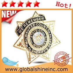 2015 hot sales custom Metal pin Badge in plating gold and enamel