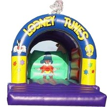 2014 hot sale commercial inflatable looney tunes castle