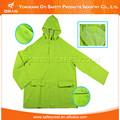 2015 verde nuevo diseño plegable impermeable impermeable de la policía, militar poncho impermeable, para hombre impermeable de pvc