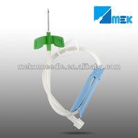 AV fistula needle rotating type