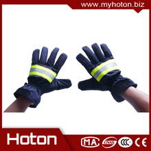 New design Leather fire proof gloves,safety gloves made in China