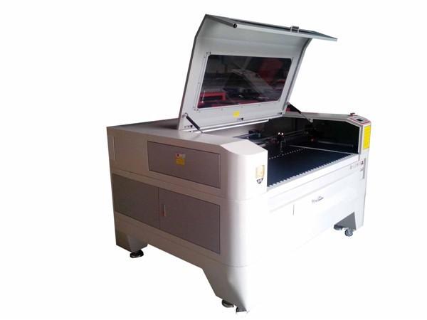 熱い販売の代理店が望んでいたレーザー切断彫刻機