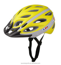 2015 Hot sale LED light bike helmet with visor