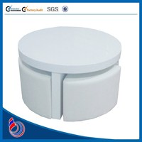 Small cheap white plastic round banquet food centre table in good taste