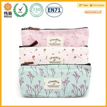 2015 Hot sale flower print polyester women promotional cosmetic bag
