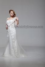 Celebrity Inspired Sheath/Column Off The Shoulder Lace Wedding Dresses