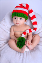 2015 crochet Christmas baby hats with earflap in winter.