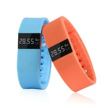 2015 Cheap amazing design colorful band sport watch for android phone