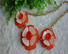 Wholesale high quality plastic four leaf clovers chain necklace fashion necklace 2015