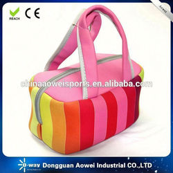 neoprene lunch bag with colourful dot