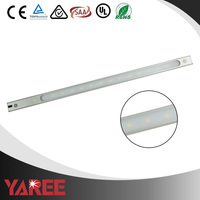 Foshan Yaree CE Rohs LVD EMC SAA approval LED portable cabinet light