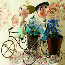 made in China folk craft metal doll home and garden decoration China directly supply