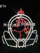 holiday pageant red horse crown