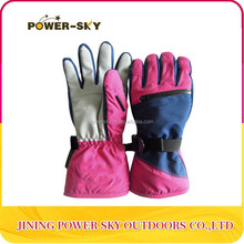 winter reinforced fingers and waterproof gloves made in china