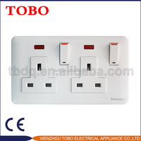 Double 13A switched socket with light