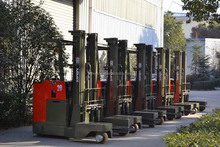 MIMA 4 directional forklift TFB20 model for long material handling with 2000kg laod capacity full hydraulic steering