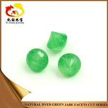 80% market share for cutting natural dyed green jade pebbles stone as synthetic emerald