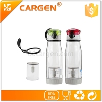Small quantity hot sale top quality plastic water bottle with tea strainer