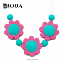 2015 China novelty silicone teething necklace for babies