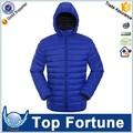 Chaquetas de invierno, una chaqueta acolchada, bajo la chaqueta