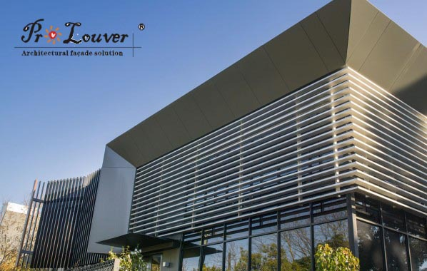 Curtain Wall Louvers : Architectural vertical sun louver box with
