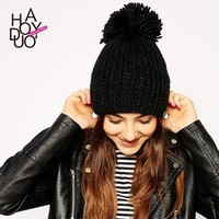 Cute Women Winter Black Knitted Ball Hat Warm Caps for Wholesale Haoduoyi