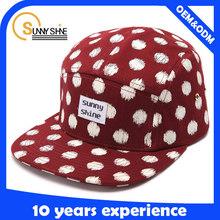 red hat print white spot custom woven label logo 5 panel hats