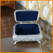 Large floral carving classical 60460 square ancient tin colored metal jewelry box jewelry box elegant furnishings