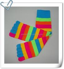 Acrylic knit multi color stripe toe socks