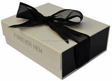 China Factory Clothing Packaging Supplier,Clothing Paper Box,Cardboard Gift Box