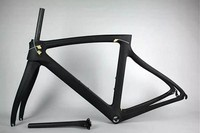 Aero design carbon bicycle road frame, BB30 cycle racing carbon fiber road frame, lightweight 950g carbon bicycle frame