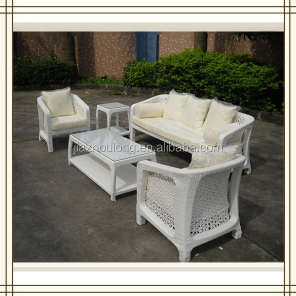 Used White Wicker Coffee Table: Outdoor Sofa Table/ Used White Wicker Furniture/ White