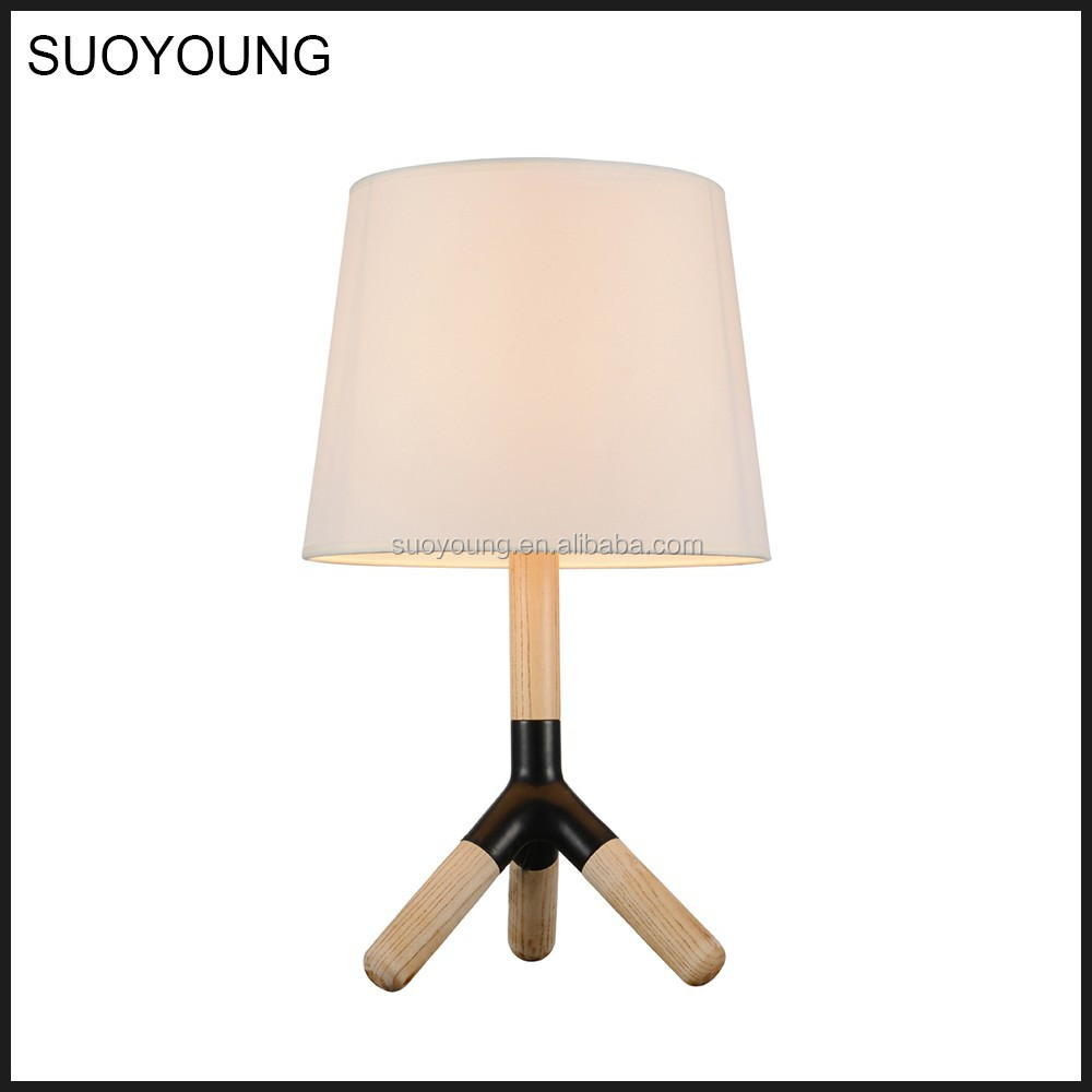 Fancy Study Modern Wooden Tripot Table Lamp With 3 Legs