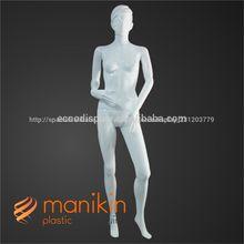 el <span class=keywords><strong>desfile</strong></span> de moda de ropa de mujer maniquí de