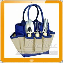Picnic Time small Garden Tote with Tools