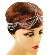 Pearl head chain with adjustable clasp & gold detailing Princess head chain