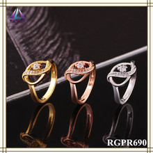 China Hot New Products 18k White Gold Engagement Natural Diamond Ring For Girls